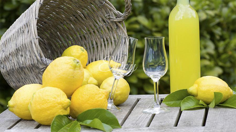 food tour in sorrento with limoncello tasting